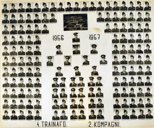 1956 4 TRAINAFD - 2 KMP 1956 - 57